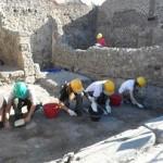 pompeii-students